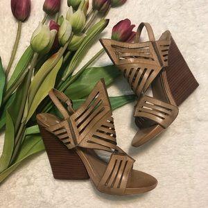 Leon Max Euthalia tobacco tan wedge stacked heel